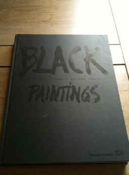 Livre Black paintings