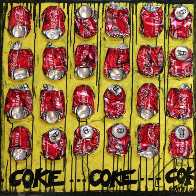collage, canette de coca cola Tableau Contemporain, COKE. Sophie Costa, artiste peintre.