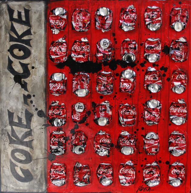 collage, canettes coca compressées Tableau Contemporain, COKE ONLY. Sophie Costa, artiste peintre.