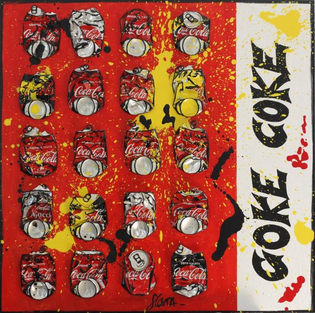 collage, coca cola, canettes compressées Tableau Contemporain, COKE ONLY 2. Sophie Costa, artiste peintre.