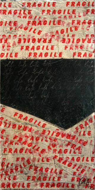 ruban adhésif, noir, rouge , blanc Tableau Contemporain, FRAGILE 02. Sophie Costa, artiste peintre.