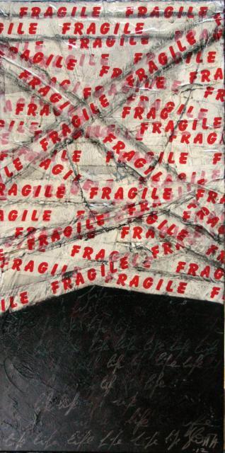 noir, blanc et rouge, ruban adhésif Tableau Contemporain, FRAGILE 01. Sophie Costa, artiste peintre.