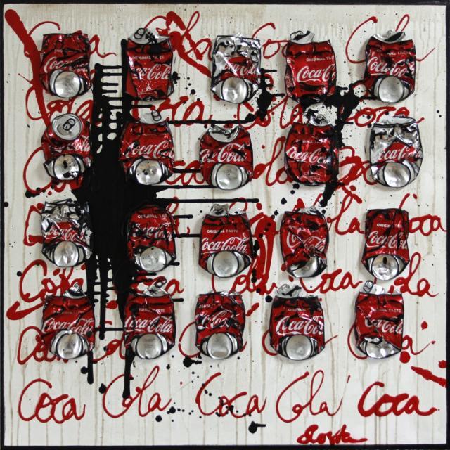 canette, coca cola, collage, noir et blanc, rouge Tableau Contemporain, Coca Cola. Sophie Costa, artiste peintre.