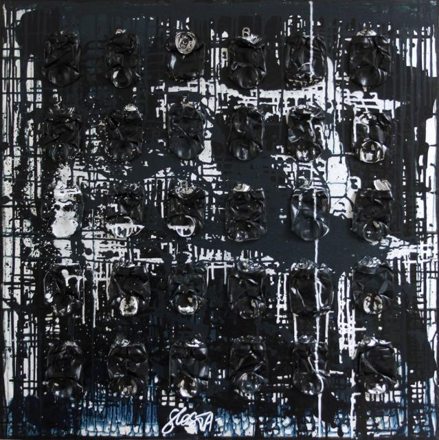 canettes compressées, collage, noir, bleu profond Tableau Contemporain, DARK BLUE. Sophie Costa, artiste peintre.