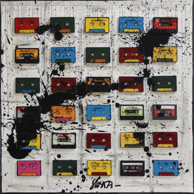 collage, audio tape, vintage Tableau Contemporain, Audio Tape Mania. Sophie Costa, artiste peintre.