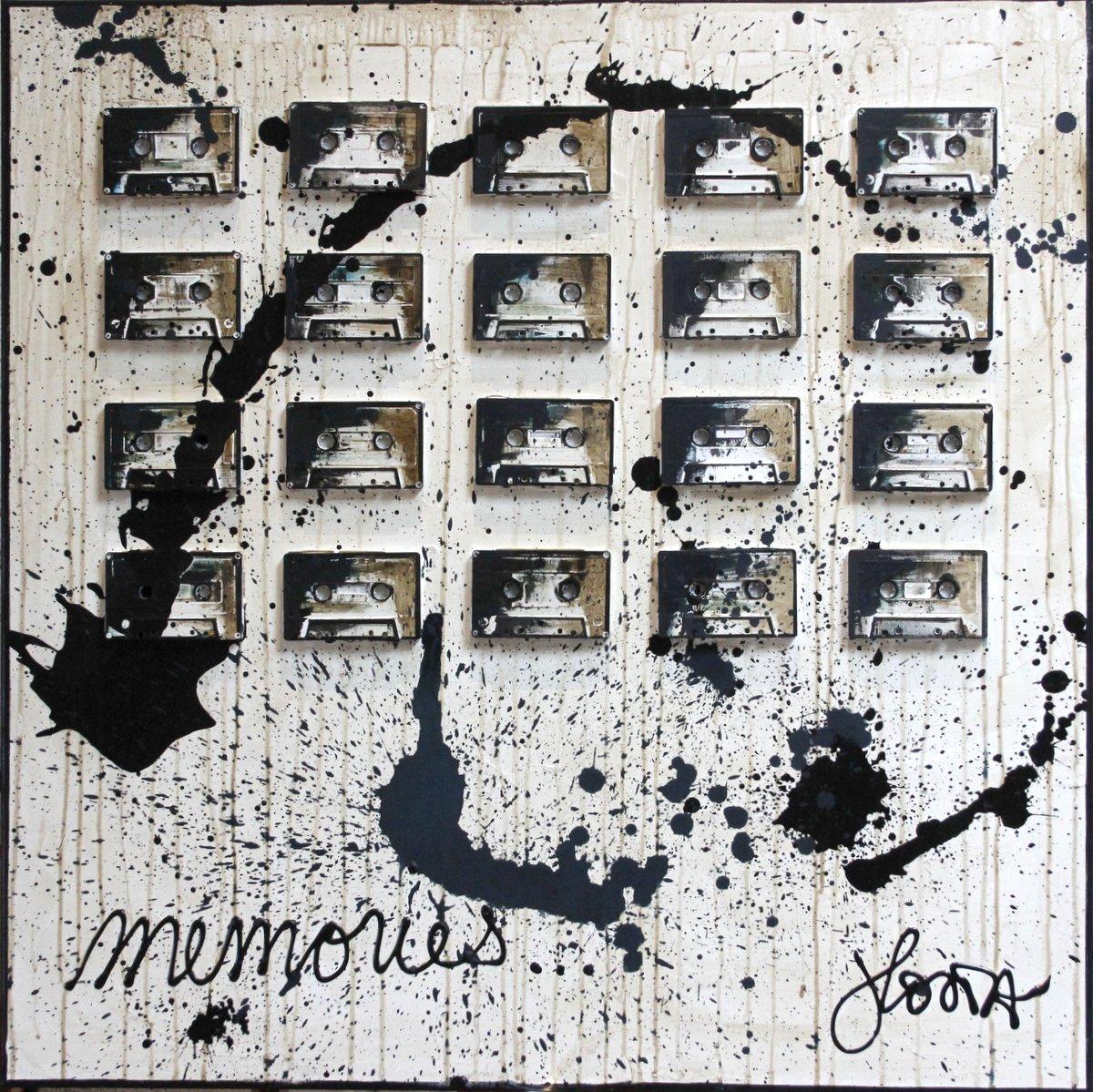 collage, vintage, cassette audio Tableau Contemporain, MEMORIES. Sophie Costa, artiste peintre.