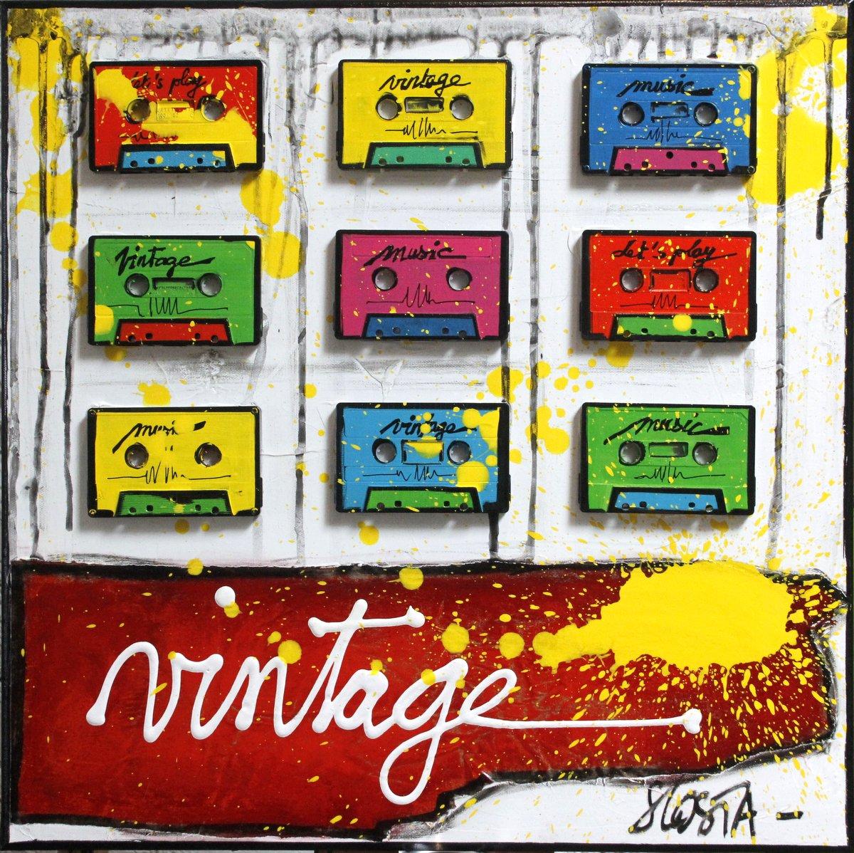 collage, multicolore, cassettes audio, vintage, music Tableau Contemporain, VINTAGE TAPE. Sophie Costa, artiste peintre.
